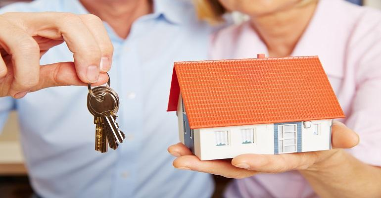 Tips for Senior Citizens to Get a Home Loan