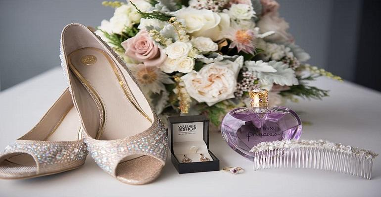 TATA Capital - 16 Essentials for the Bride on Her Wedding Day aj 130717 (HPR).docx