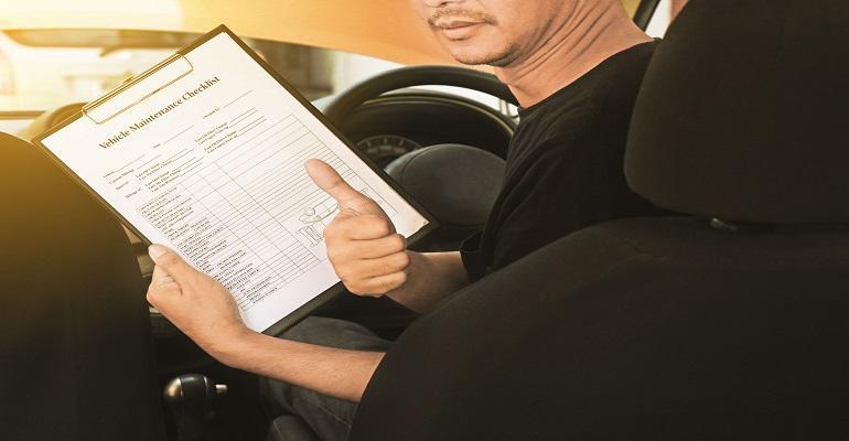 inspect-a-used-hatchback-banner