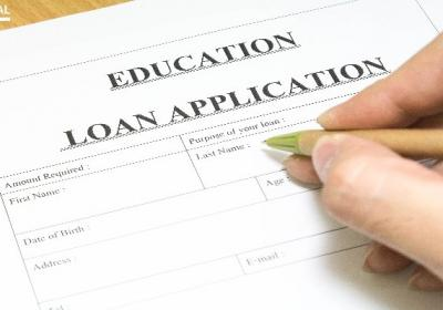 Things to Look Out for While Signing Education Loan Documents